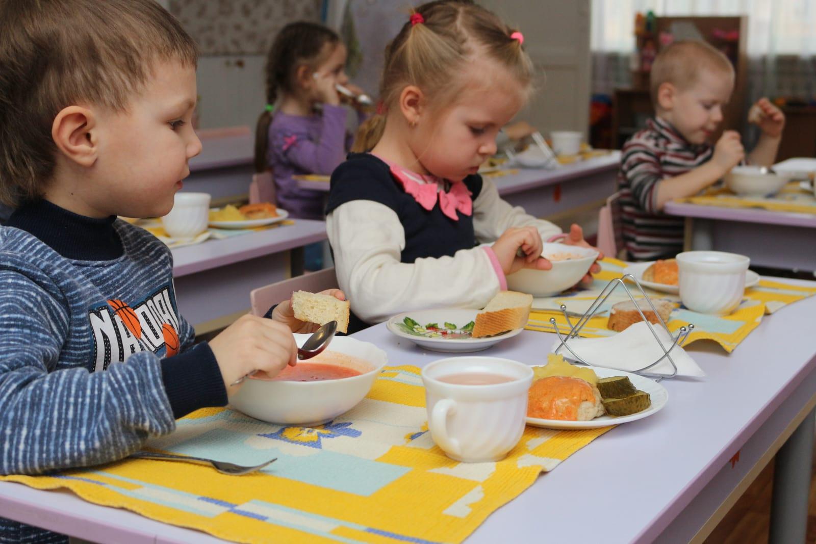 У Великоолександрівському садочку провели заняття з працівниками щодо організації харчування