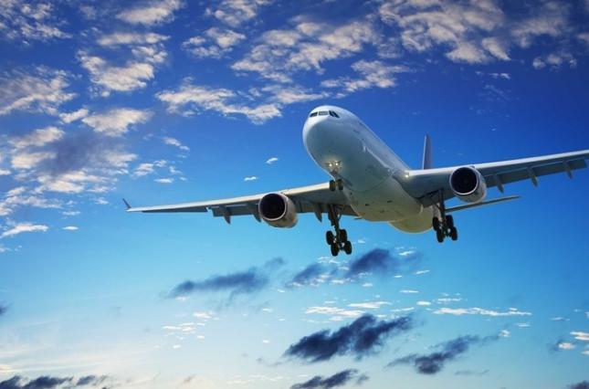 На Херсонщині дозволили відновити авіарейси та релігійні заходи