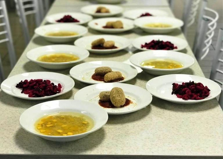 У шкільних їдальнях Херсонщини впроваджують страви зі збірки Євгена Клопотенка