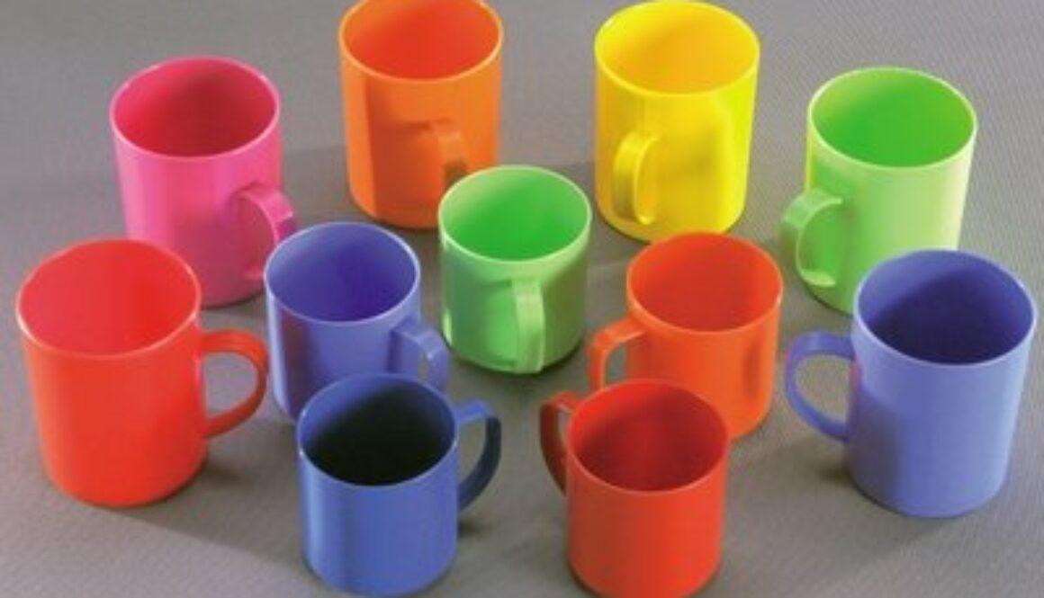 Повідомлення RASFF: погіршення органолептичних показників їжі при контакті з пластиковими чашками, які експортувались з Китаю